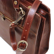 Load image into Gallery viewer, Leather Handbag Floto Roma Italian Leather Bag close