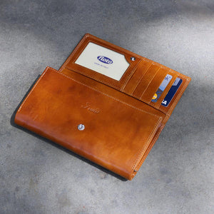 Roma Checkbook Leather Wallet inside 2