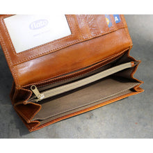 Load image into Gallery viewer, Roma Checkbook Leather Wallet inside 3