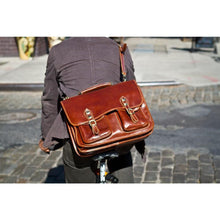 Load image into Gallery viewer, leather messenger bag poste
