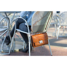 Load image into Gallery viewer, floto leather satchel milano mini
