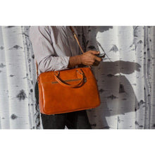 Load image into Gallery viewer, leather slim briefcase floto venezia
