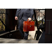 Load image into Gallery viewer, Floto Milano Sleeve Briefcase