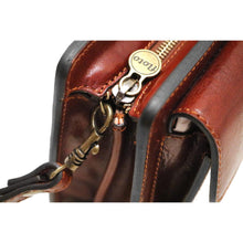 Load image into Gallery viewer, Leather Wristlet Handbag Floto close