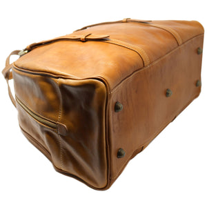 Leather Duffle Travel Bag Carryon Overnighter Gym Bag Floto Duomo tobacco brown 4