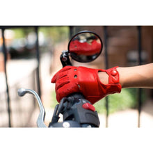 Load image into Gallery viewer, Floto women's red leather driving gloves