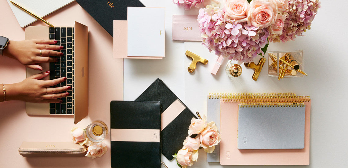 How To Nail The Perfect Flat Lay!