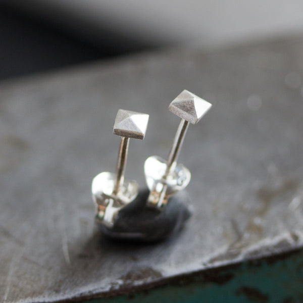 Tiny pyramid studs - sterling silver, minimal, geometrical, simple every day earrings