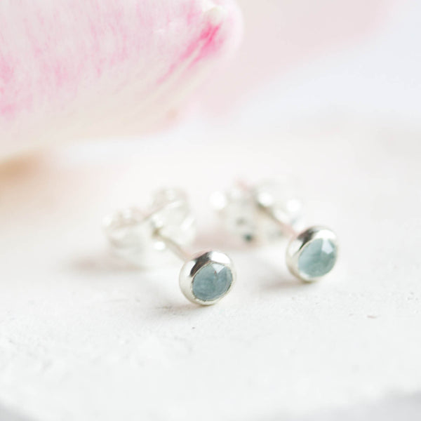 Tiny stud earrings with Aquamarine stones, sterling silver, minimalist stud earrings, dainty earrings, March Birthstone