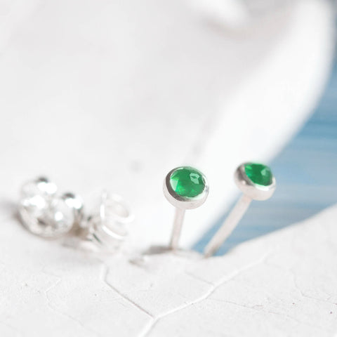 Tiny stud earrings with Emerald stones, sterling silver, minimalist stud earrings