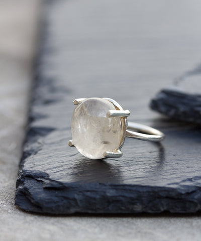 Quartz Queen - Statement ring with natural Quartz stone