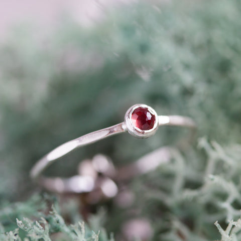 Tiny Red Garnet - skinny silver stacking ring with Almandine Garnet rose cut gemstone