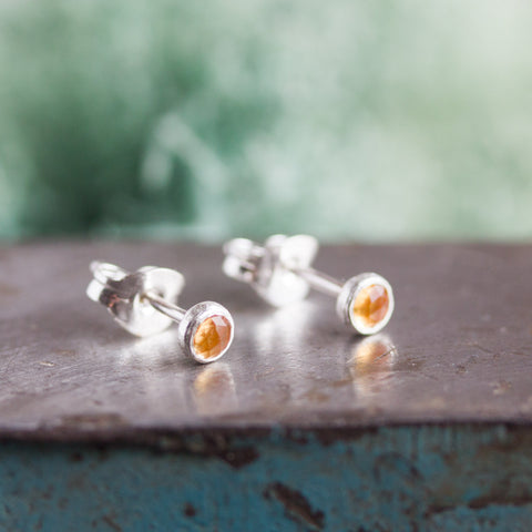 Tiny stud earrings with Golden Citrine stones, sterling silver, minimalist stud earrings, dainty earrings