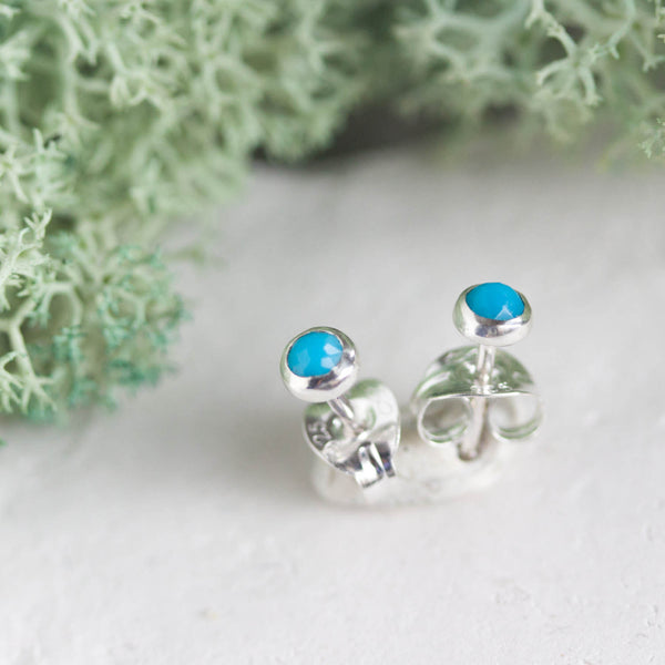 Tiny stud earrings with Turquoise stones, sterling silver