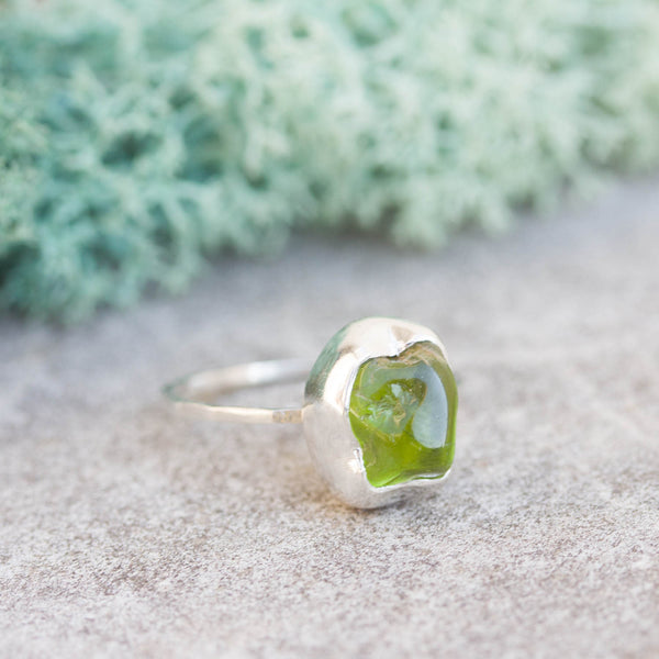 Raw Peridot ring in Sterling Silver, rough green peridot ring, OOAK, August birthstone