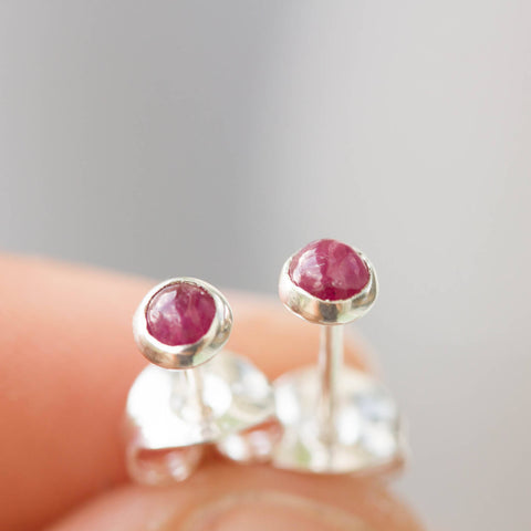 Tiny stud earrings with Ruby 3mm stones, sterling silver