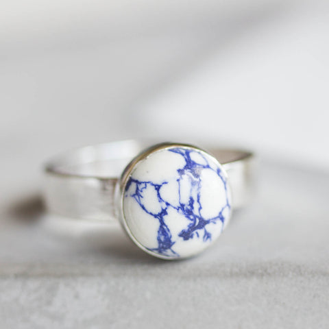 White - Sterling silver ring with white and blue Howlite cabochon