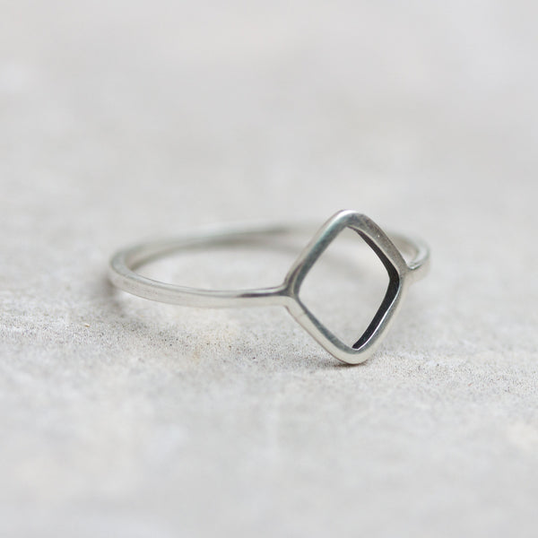 Rhombus ring - sterling silver, minimalist style