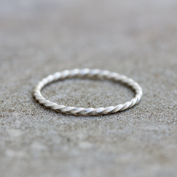 White Twist stacking ring - sterling silver