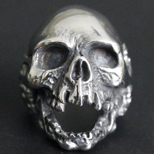 Decayed Skull Ring - Nice & Cool