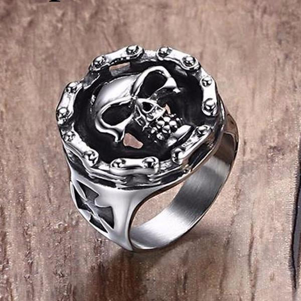 Chain & Skull Ring - Nice & Cool
