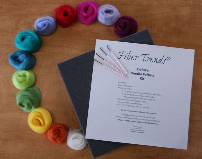 Fiber Trends - Deluxe Needle Felting Kit - NOT ELIGIBLE FOR FREE SHIPPING