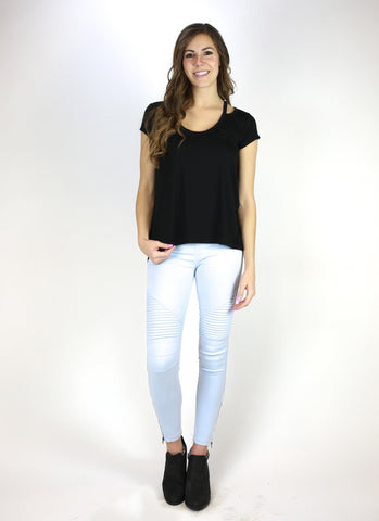 Cutout V-neck Boyfriend Tee