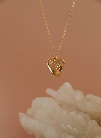 LOVER'S HEART NECKLACE