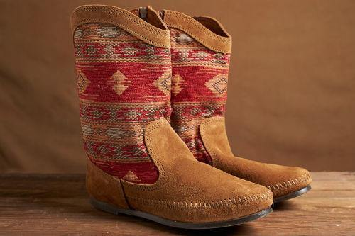 Minnetonka Moccasin, Baja Boot, Red