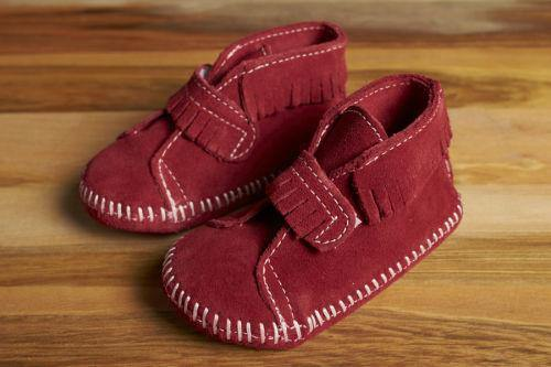 Minnetonka Moccasin Front Strap Baby Bootie, Red