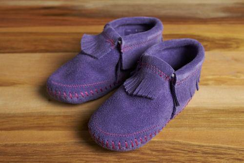 Minnetonka Moccasin Riley Baby Bootie, Purple