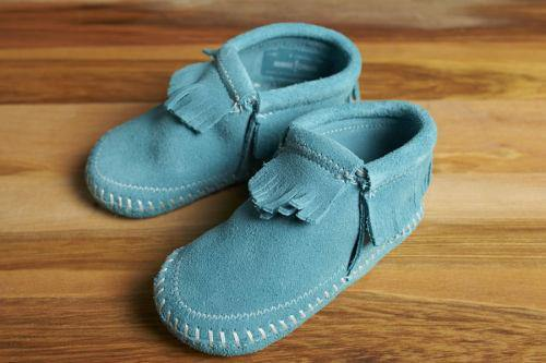 Minnetonka Moccasin Riley Baby Bootie, Turquoise