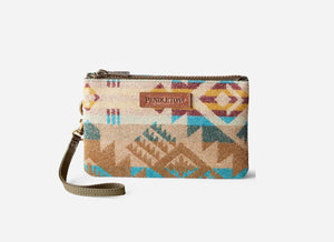 Pendleton® Three Pocket Keeper Taos Trail