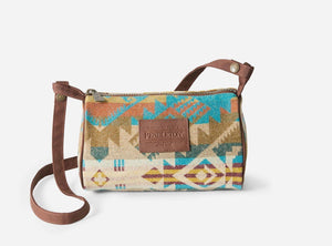 Pendleton© Travel Kit with Strap, Journey West