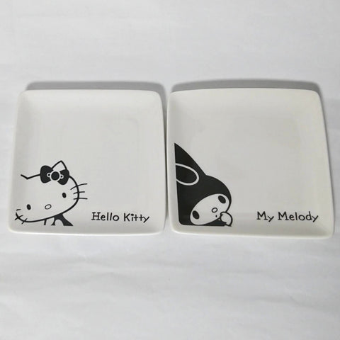 zz-- My Melody / Hello Kitty Plates (Set of 2) --zz