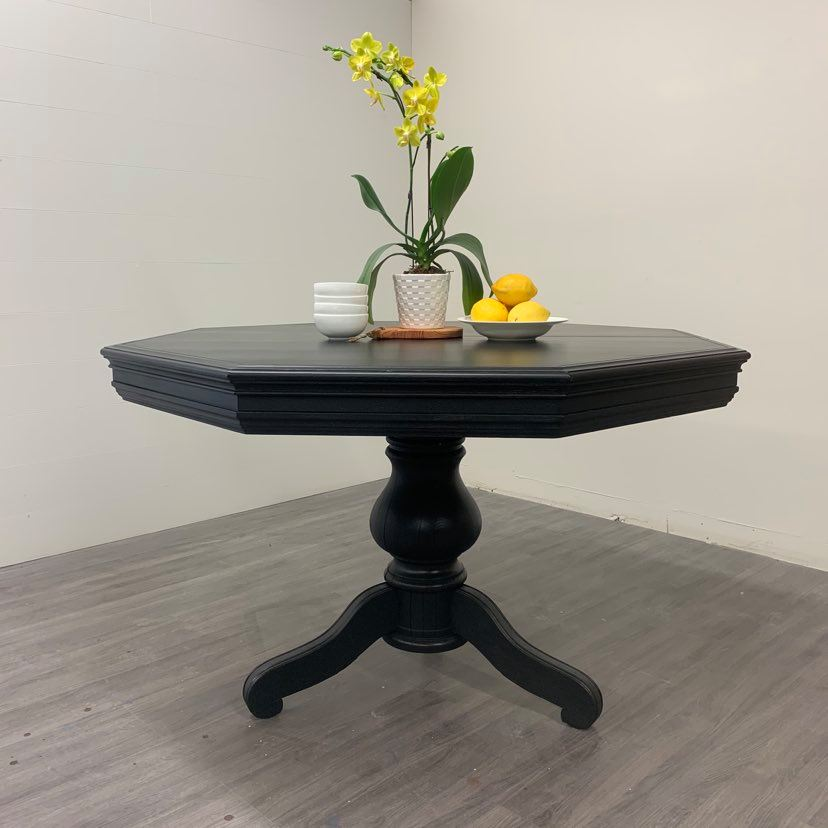 Black Oak Extension Dining Table