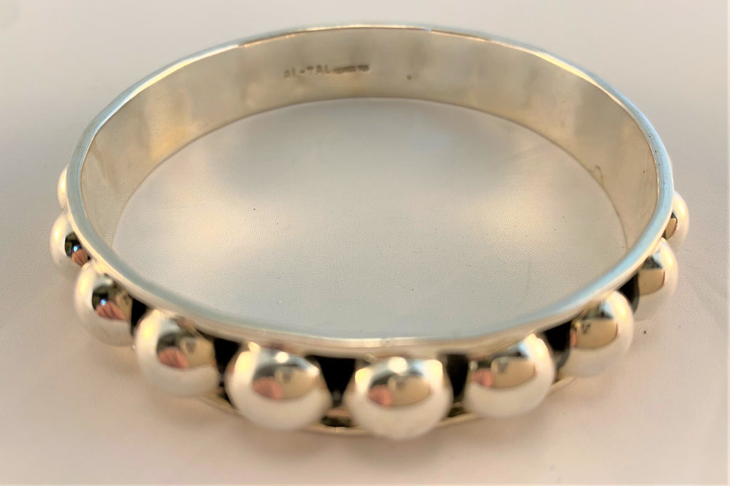 BS87: Sterling Bangle