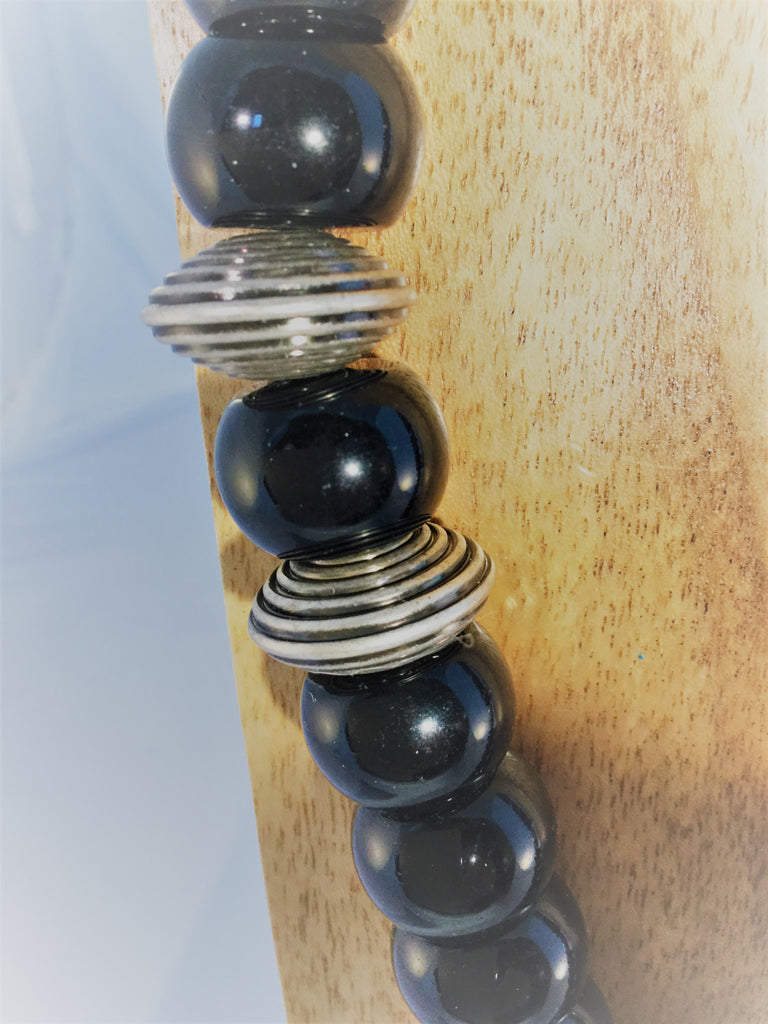 BASIC BLACK: Black Onyx Necklace