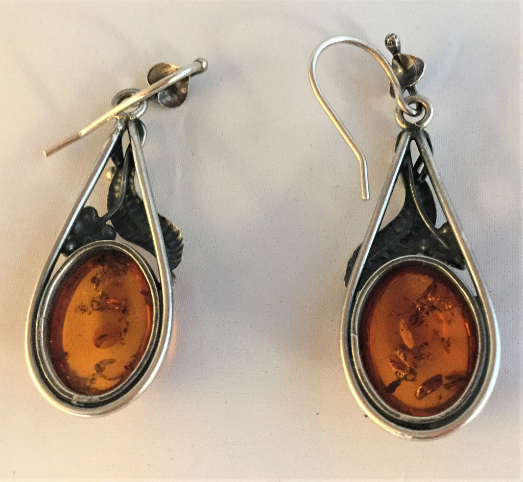 E61: Amber Earrings