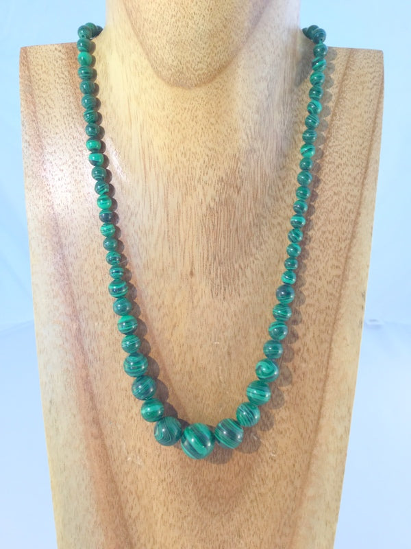 "FOREST: lovely Malachite Necklace with 5 x 9 mm silver metal lobster clasp and extendable 1 1/2"" chain"