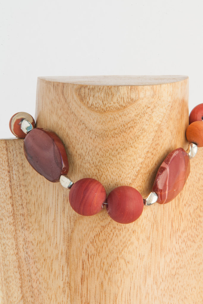 20mm Colondte beads with large Mookaite ovals.