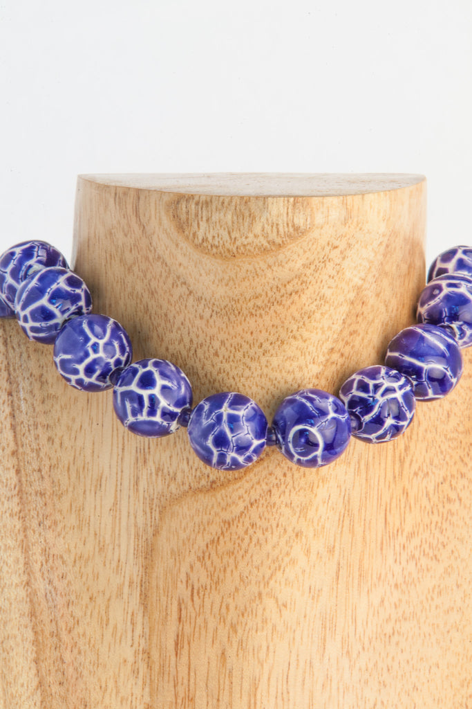 Patty - Ceramic royal and white choker.