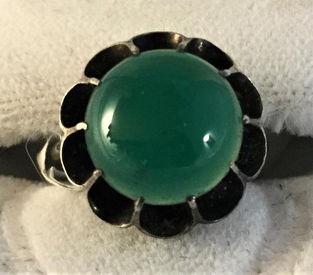 RS109: antique green Carnelian ring