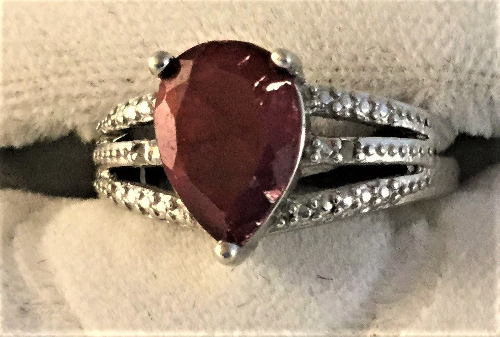 RS21: oval Ruby sterling ring