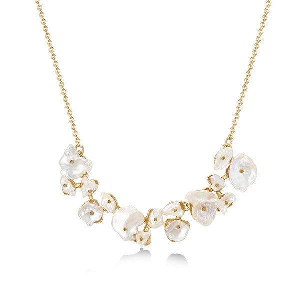 Golden Amora Pearl Necklace