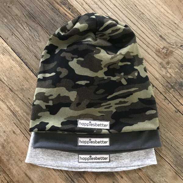"""wallflower"" camo mantra beanie"