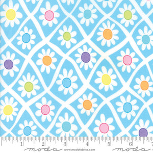 Moda Me & My Sister FROLIC Floral Crazy Daisy Light Blue 22310 11