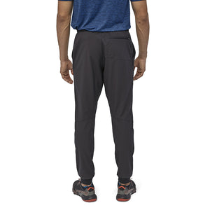 Patagonia Men's Terrebonne Joggers BLK - Model Back