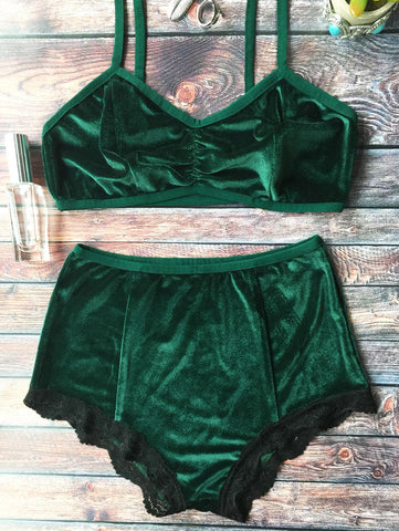 179db9d96ec45 ZAFUL 2pcs Army Green Halter Strap Cropped Top Lace High Waist Elastic  Briefs Sexy Lingerie Underwear