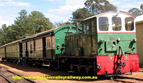 V5 at Hotham Valley Railway